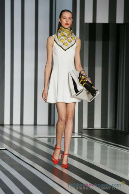 anya-hindmarch-london-fashion-week-autumn-winter-2014-00063