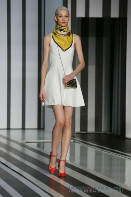 anya-hindmarch-london-fashion-week-autumn-winter-2014-00079