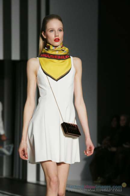 anya-hindmarch-london-fashion-week-autumn-winter-2014-00086
