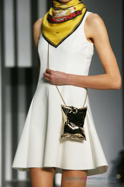 anya-hindmarch-london-fashion-week-autumn-winter-2014-00099