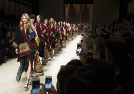 burberry-prorsum-london-fashion-week-2014-00001