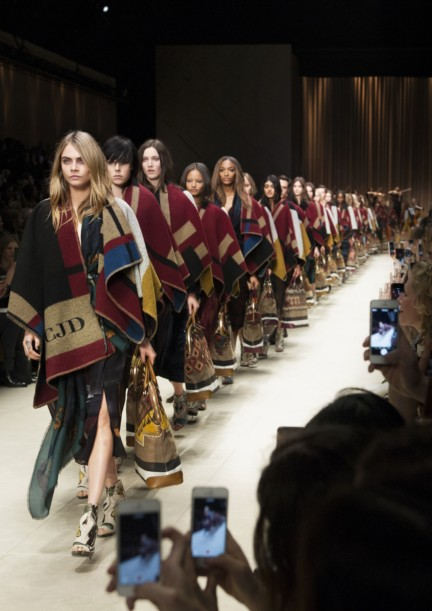 burberry-prorsum-london-fashion-week-2014-00002