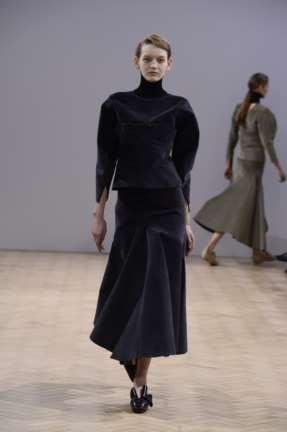 j-w-anderson-london-fashion-week-autumn-winter-2014-00001