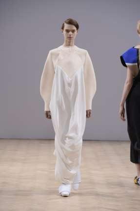 j-w-anderson-london-fashion-week-autumn-winter-2014-00013