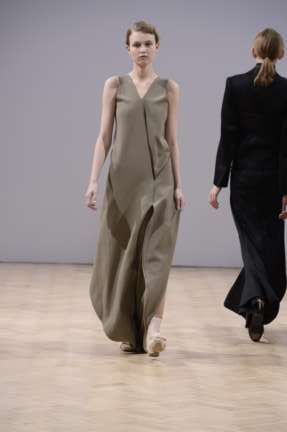 j-w-anderson-london-fashion-week-autumn-winter-2014-00022