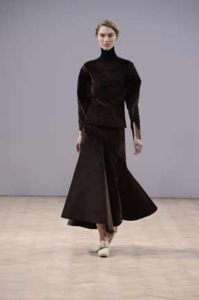 j-w-anderson-london-fashion-week-autumn-winter-2014-00027