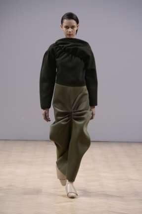j-w-anderson-london-fashion-week-autumn-winter-2014-00032