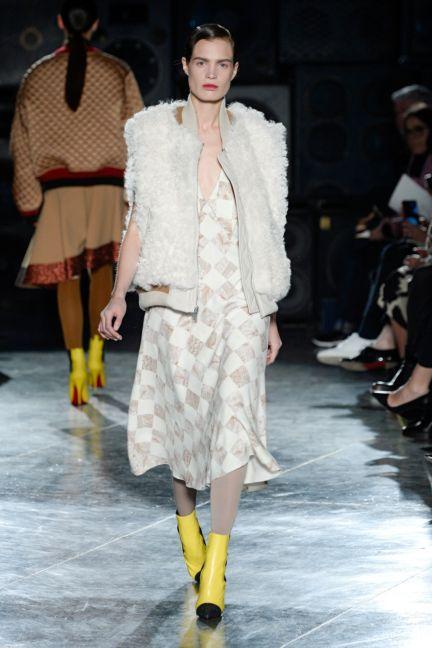 jonathan-saunders-london-fashion-week-2014-00015