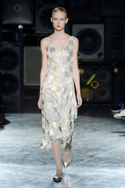 jonathan-saunders-london-fashion-week-2014-00016