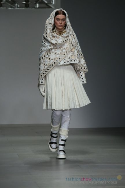 ktz-london-fashion-week-autumn-winter-2014-00083