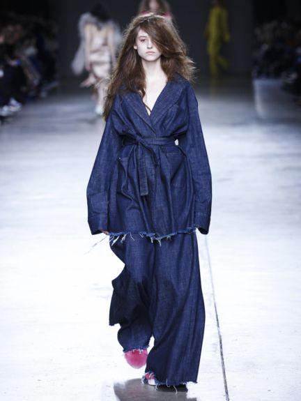marques-almeida-london-fashion-week-2014-00009
