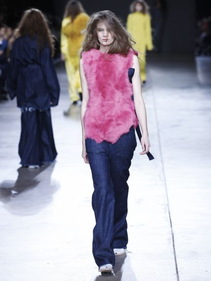 marques-almeida-london-fashion-week-2014-00010