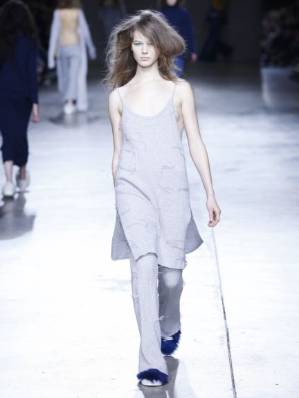 marques-almeida-london-fashion-week-2014-00015
