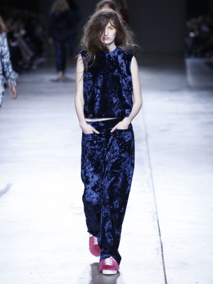marques-almeida-london-fashion-week-2014-00035