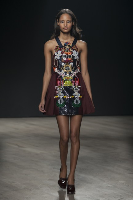 mary-katrantzou-london-fashion-week-autumn-winter-2014-00001