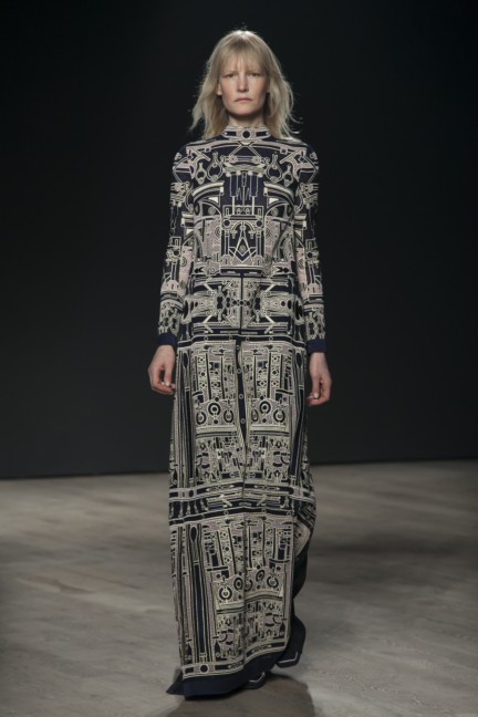 mary-katrantzou-london-fashion-week-autumn-winter-2014-00003