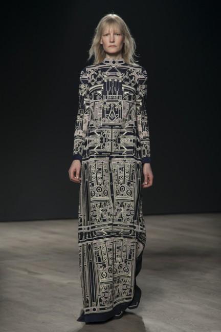 mary-katrantzou-london-fashion-week-autumn-winter-2014-00003