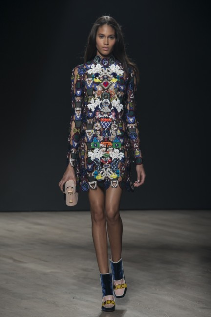mary-katrantzou-london-fashion-week-autumn-winter-2014-00005