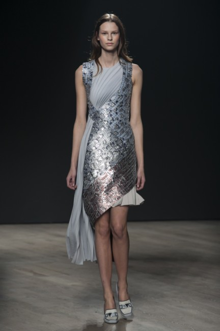 mary-katrantzou-london-fashion-week-autumn-winter-2014-00006