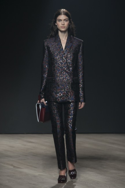 mary-katrantzou-london-fashion-week-autumn-winter-2014-00008