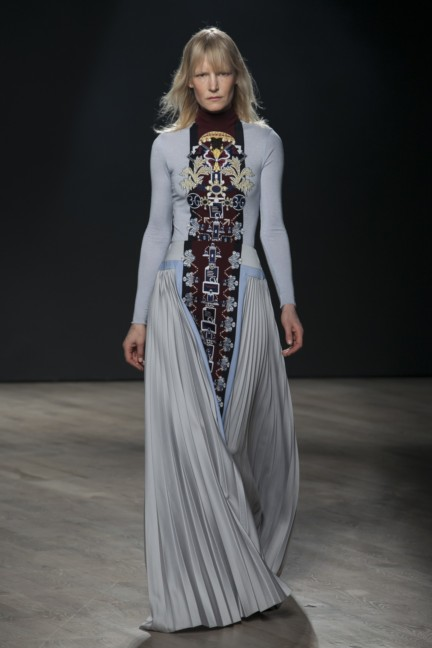 mary-katrantzou-london-fashion-week-autumn-winter-2014-00010