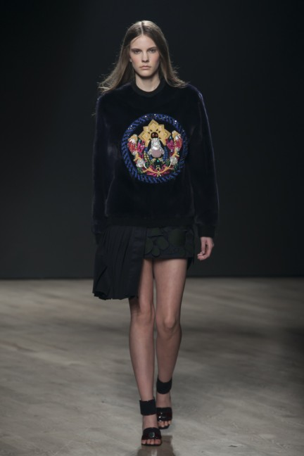 mary-katrantzou-london-fashion-week-autumn-winter-2014-00011