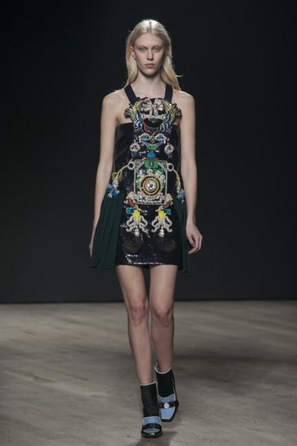 mary-katrantzou-london-fashion-week-autumn-winter-2014-00017