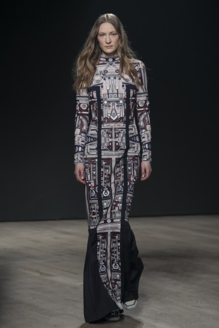 mary-katrantzou-london-fashion-week-autumn-winter-2014-00018