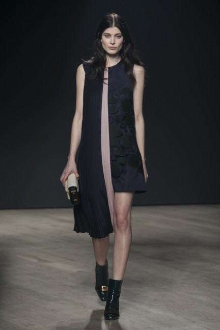 mary-katrantzou-london-fashion-week-autumn-winter-2014-00020