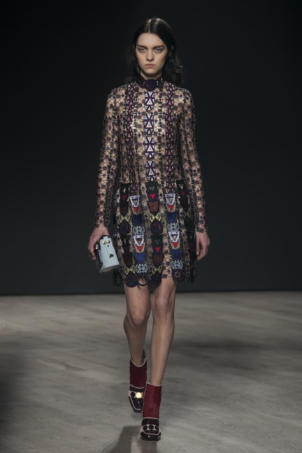 mary-katrantzou-london-fashion-week-autumn-winter-2014-00021