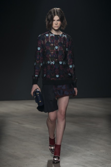 mary-katrantzou-london-fashion-week-autumn-winter-2014-00023