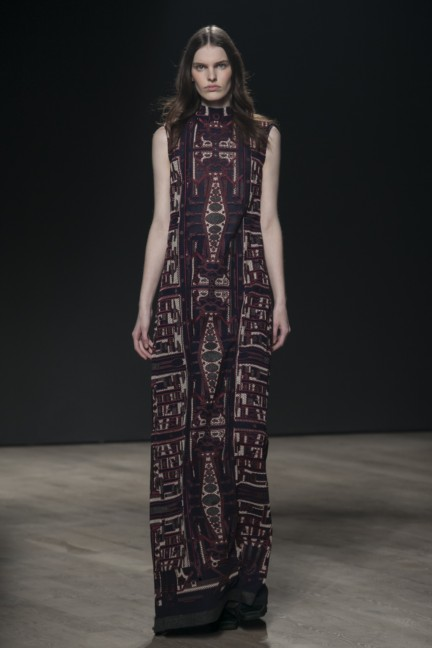 mary-katrantzou-london-fashion-week-autumn-winter-2014-00027