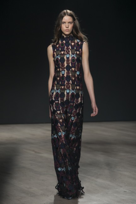 mary-katrantzou-london-fashion-week-autumn-winter-2014-00029