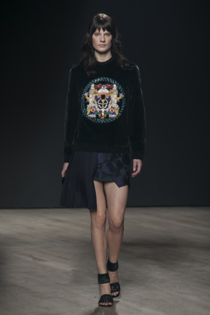 mary-katrantzou-london-fashion-week-autumn-winter-2014-00030