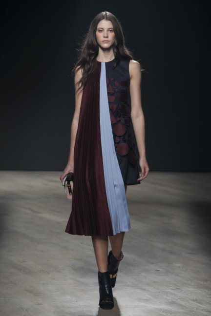 mary-katrantzou-london-fashion-week-autumn-winter-2014-00031