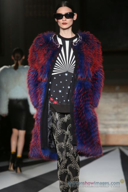 matthew-williamson-london-fashion-week-autumn-winter-2014-00055