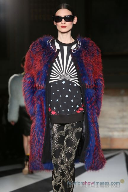 matthew-williamson-london-fashion-week-autumn-winter-2014-00056