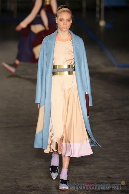 roksanda-ilincic-london-fashion-week-autumn-winter-2014-00008