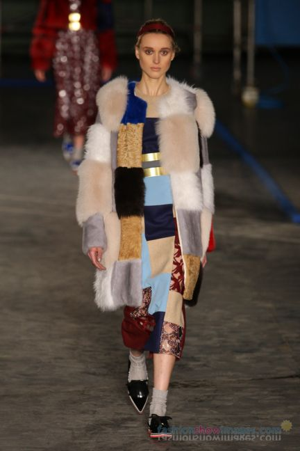 roksanda-ilincic-london-fashion-week-autumn-winter-2014-00012