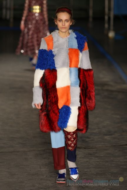 roksanda-ilincic-london-fashion-week-autumn-winter-2014-00014