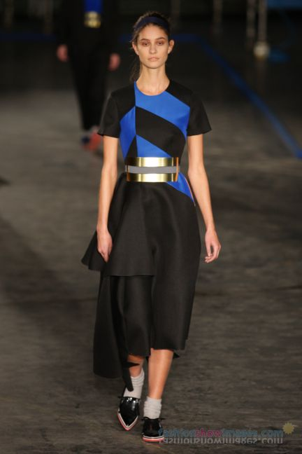 roksanda-ilincic-london-fashion-week-autumn-winter-2014-00027