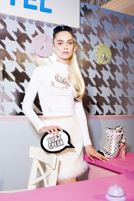 sophie-webster-london-fashion-week-2014-00009