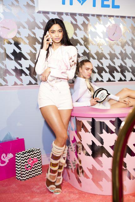 sophie-webster-london-fashion-week-2014-00035