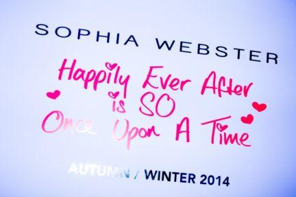sophie-webster-london-fashion-week-2014-00040