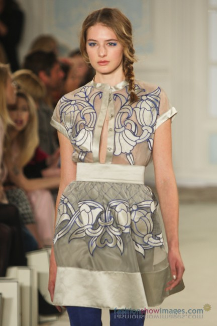 temperley-london-fashion-week-autumn-winter-2014-00008