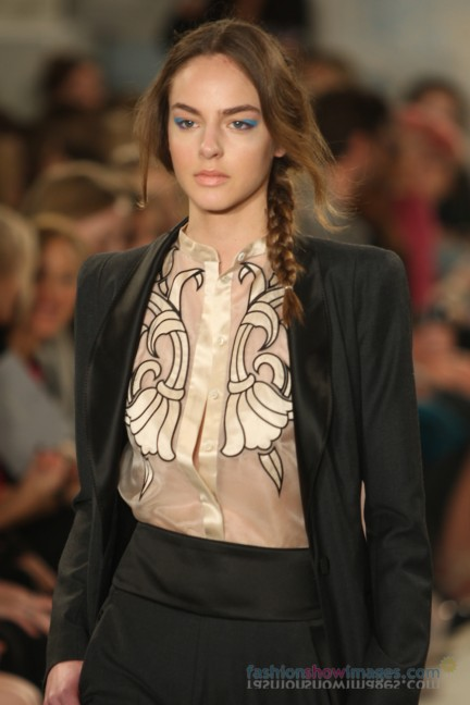 temperley-london-fashion-week-autumn-winter-2014-00030