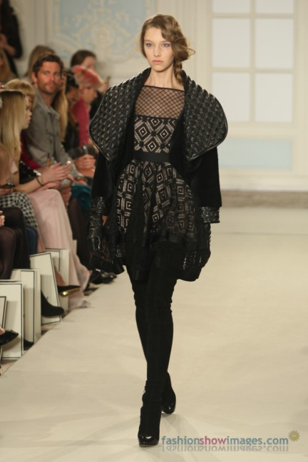 temperley-london-fashion-week-autumn-winter-2014-00037