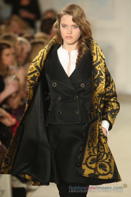 temperley-london-fashion-week-autumn-winter-2014-00053