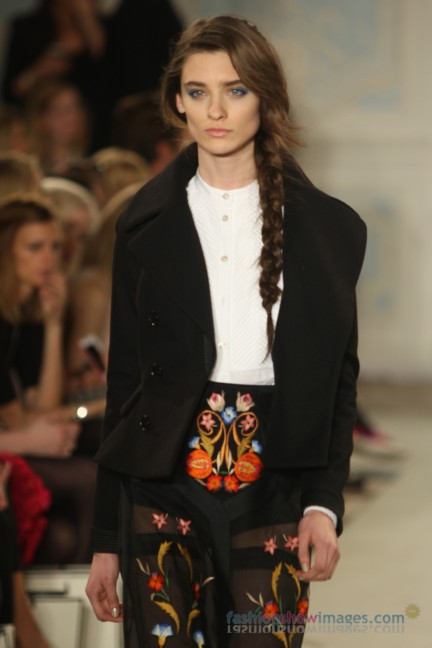 temperley-london-fashion-week-autumn-winter-2014-00057