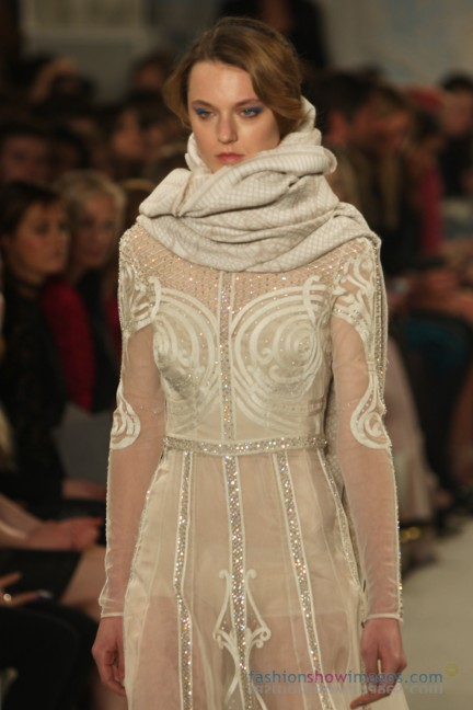 temperley-london-fashion-week-autumn-winter-2014-00076